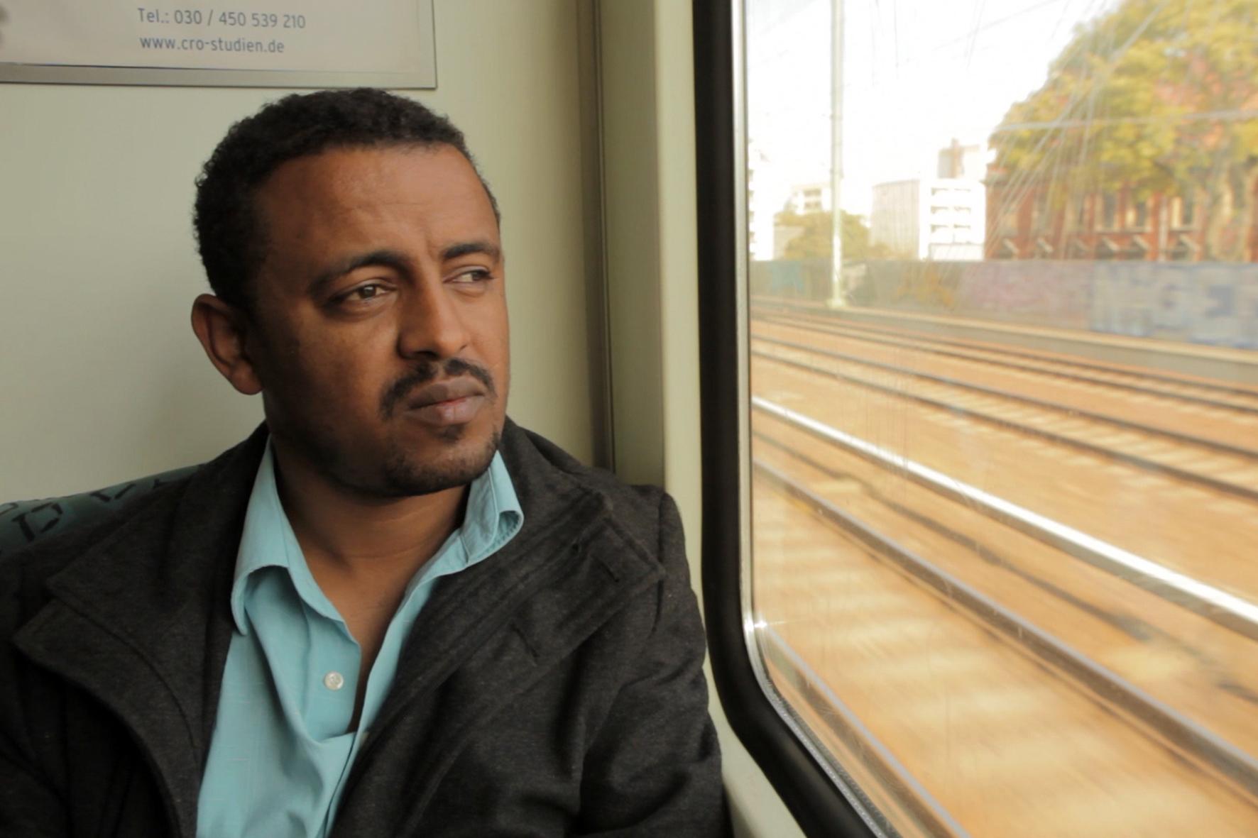 Mutiger Einsatz: Der Umweltjournalist Argaw muss wegen seiner investigativen Arbeit das Land verlassen. © Neue Visionen Filmverleih
