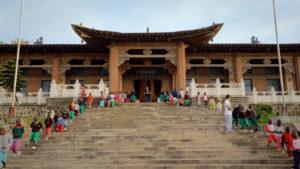 """Der Dokumentarfilm """"Buddha in Africa"""" beleuchtet den wachsenden, kulturell-wirtschaftlichen Einfluss Chinas auf afrikanische Staaten wie Malawi. (c) AFT Munich"""