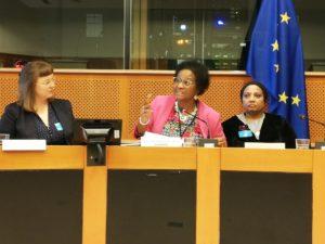 Eine von wenigen afro-europäischen Abgeordneten in Brüssel: Dr. Pierette Herzberger-Fofana. © privat  © privat