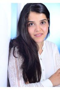 Jung und weiblich: Weder in Afghanistan noch hier in Deutschland entspricht Tahora Husaini dem Durchschnitt derjenigen, die beeinflussen, wie Dinge gehandhabt werden. Doch sie gründete gemeinsam mit anderen ihren eigenen Verein, um sich für die Rechte von Frauen einzusetzen.