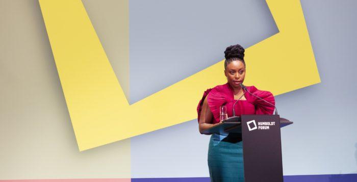 Schriftstellerin Chimamanda Ngozi Adichie. © Stiftung Humboldt Forum im Berliner Schloss / David von Becker